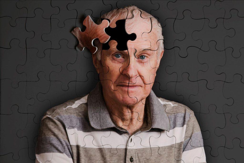 Mal de Alzheimer X Pessoa com Deficiência