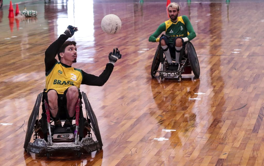 Rúgbi: Adrenalina sobre rodas