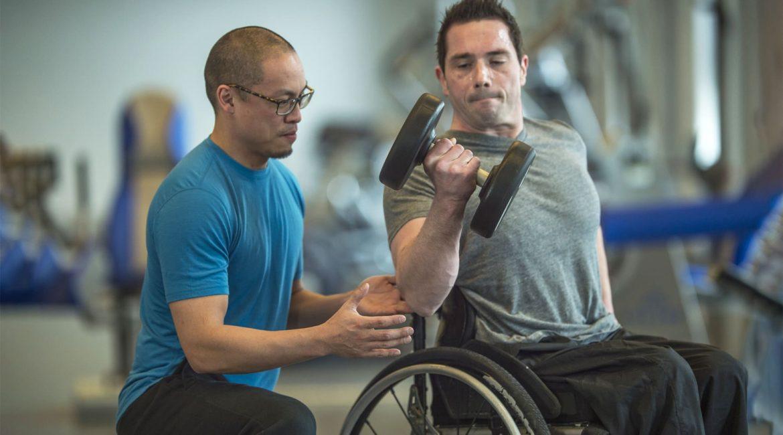 Fotografia para matéria sobre Fisioterapeuta nas Academias Adaptadas