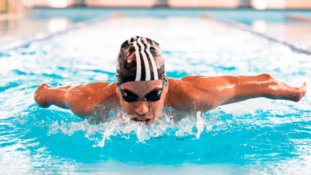 Nadador paralímpico ilustra o texto Além das águas com Daniel Dias, por Murilo Pereira