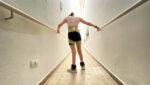 Mulher com deficiência na fisioterapia - Enfaixamento Neuro: Você já ouviu falar?