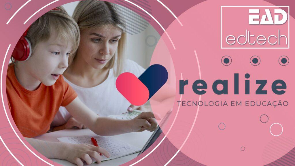 Banner rosa com logo da Realize, Tecnologia em Educação, descrito na legenda.