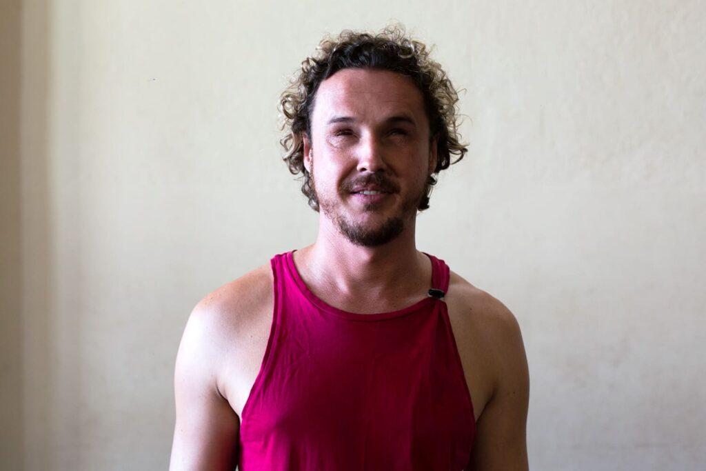 Oscar Capucho reproducao site Cia Ananda